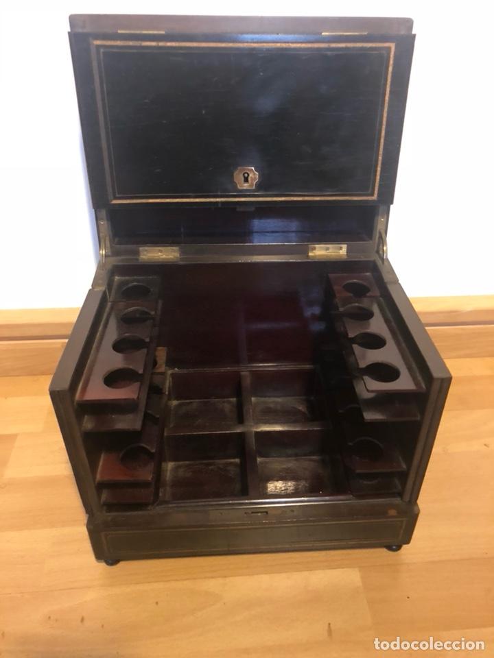 Antigüedades: Caja Licorera francesa Napoleon III con marquetería de latón - Foto 3 - 133889023