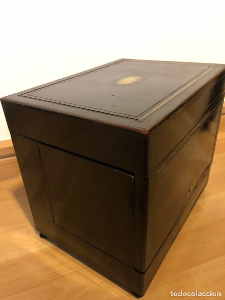 Antigüedades: Caja Licorera francesa Napoleon III con marquetería de latón - Foto 9 - 133889023
