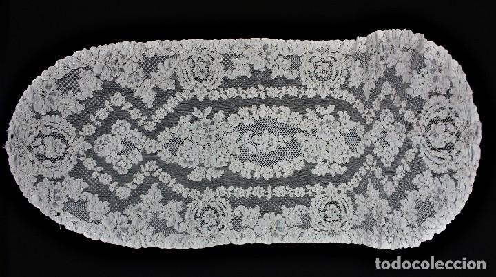 48 TAPETE DE ENCAJE DE ALENÇON ANTIGUO 120X50 CM (Antigüedades - Moda - Encajes)