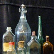 Antigüedades: LOTE DE 7 BOTELLAS CRISTAL DE FARMACIA DROGUERÍA PERFUMERÍA. AÑOS 20-50. Lote 133993382