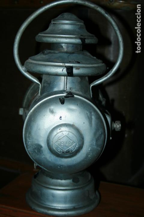 Antigüedades: Farol Auteroche Paris, reflex. cristal verde y blanco-está rajado.modelo 20. mide 32 x 18 cms. - Foto 11 - 134013686