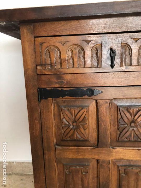 Antigüedades: CONSOLA APARADOR CAJONES Y PUERTAS MADERA TALLADA - Foto 3 - 134031586
