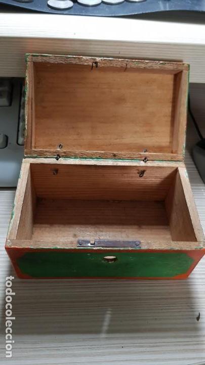 Antigüedades: Baul antiguo en miniatura - Foto 3 - 134090382