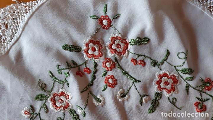Antigüedades: Manton Flamenca Bordado Blanco - Foto 3 - 134098930