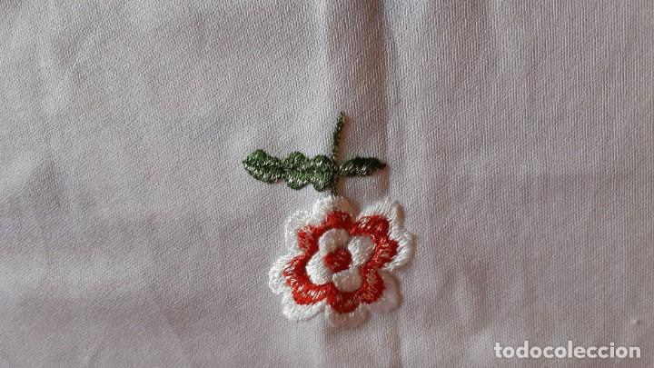 Antigüedades: Manton Flamenca Bordado Blanco - Foto 4 - 134098930