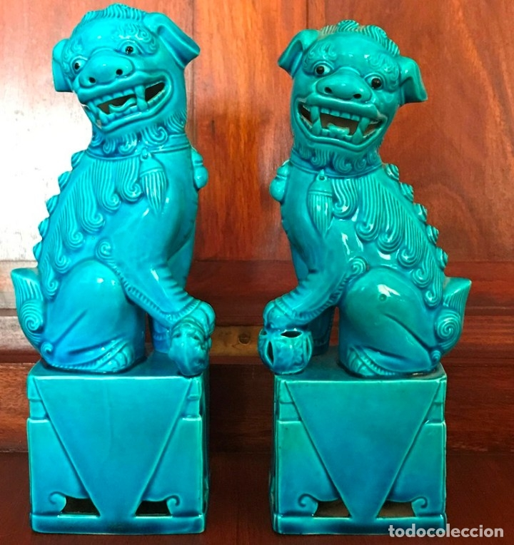 PAREJA DE DRAGONES FOO DE PORCELANA CHINA ALTO 21 CM BASE 7X5 CM PESO CONJUNTO 536 GR (Antigüedades - Porcelanas y Cerámicas - China)