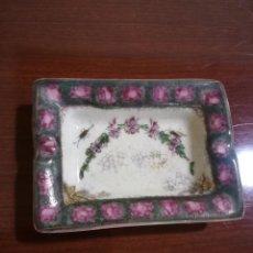 Antigüedades: CENICERO PORCELANA ESPAÑOLA. Lote 134162874