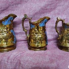 Antigüedades: CONJUNTO DE TRES JARRAS GRANDES ANTIGUAS DE BRISTOL. Lote 134187413