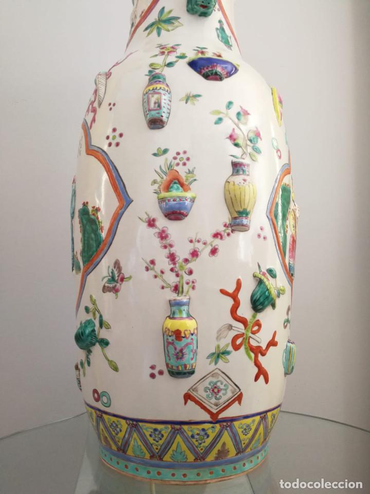 Antigüedades: GRAN JARRÓN CHINO CON RELIEVES - SELLADO - Foto 9 - 134220110