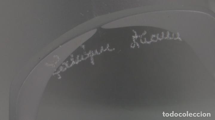 Antigüedades: Gorrión en vidrio prensado cristal glace tallado Lalique Francia siglo XX - Foto 6 - 134274966