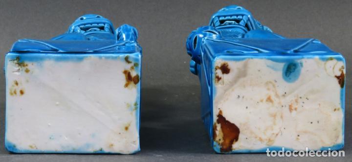 Antigüedades: Pareja Furias Foo cerámica vidriada azul China siglo XX - Foto 6 - 134302802