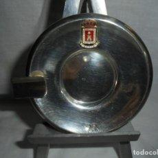 Antigüedades: CENICERO DE PLATA CON EL ESCUDO DE SORIA CUÑOS ESTRELLA Y OTRO. Lote 134328926