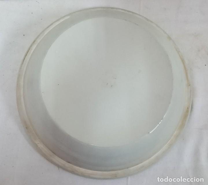 Antigüedades: Antiguo plato chino de porcelana azul. Siglo XVIII. - Foto 4 - 134393666