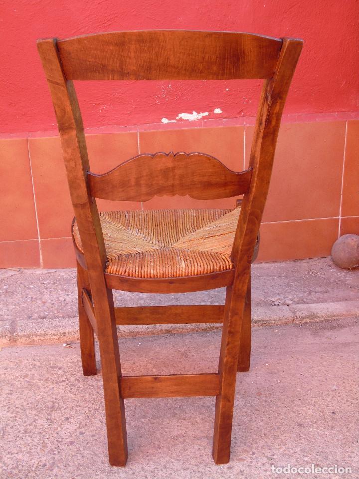 Antigüedades: ANTIGUA PAREJA DE SILLAS DE MADERA DE HAYA Y ASIENTO DE ENEA. RESTAURADAS. - Foto 12 - 134420582