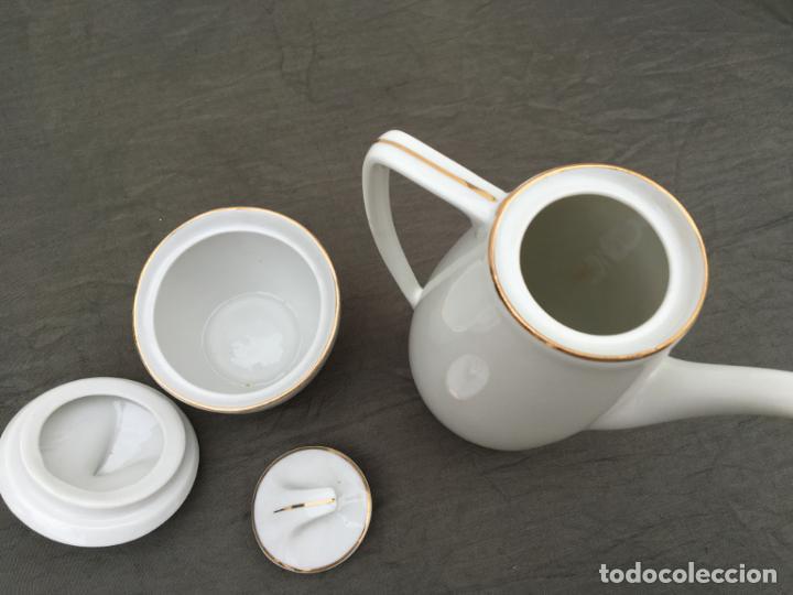 Antigüedades: JUEGO ANTIGUO DE CAFE PORCELANA - Foto 7 - 134429750