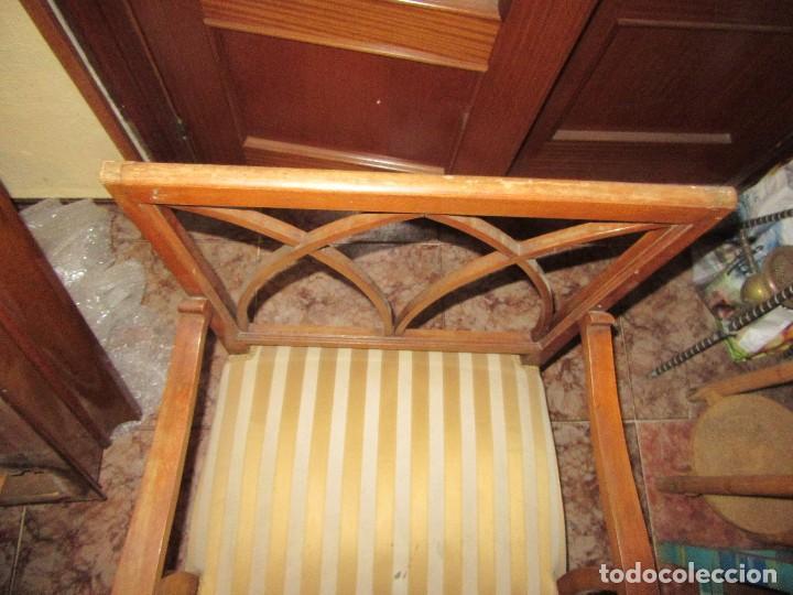 Antigüedades: PAREJA DE SILLONES DE MADERA. ANCHO ESPECIAL. - Foto 2 - 134513914