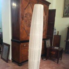 Antigüedades: LAMPARA DE PIE AÑOS 60-70. Lote 134558314
