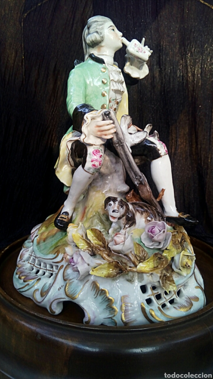 Antigüedades: Figura de porcelana alemana. Finales del siglo XIX. De gran detalle y belleza. - Foto 8 - 134683863