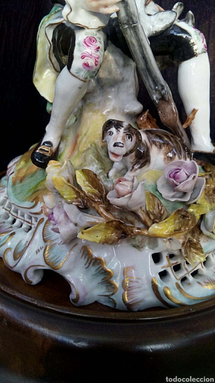 Antigüedades: Figura de porcelana alemana. Finales del siglo XIX. De gran detalle y belleza. - Foto 9 - 134683863