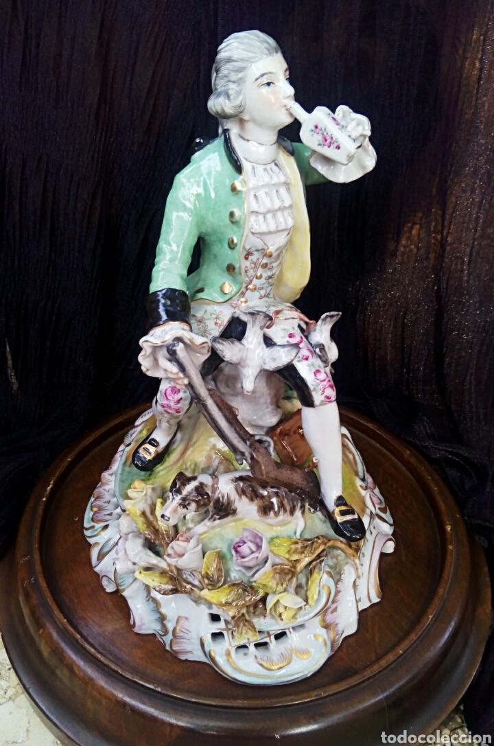 Antigüedades: Figura de porcelana alemana. Finales del siglo XIX. De gran detalle y belleza. - Foto 11 - 134683863