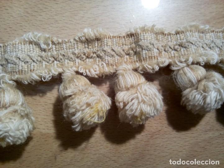 Antigüedades: * 3 M. ANTIGUA PASSAMANERIA CON BORLAS (RF:PS:40/*) - Foto 2 - 277572708