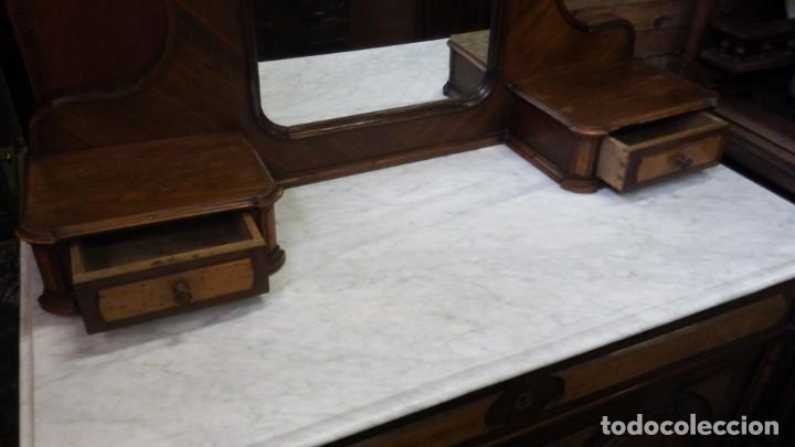 Antigüedades: TOCADOR CÓMODA DE NOGAL Y RAIZ DE LIMONCILLO. - Foto 11 - 134735974