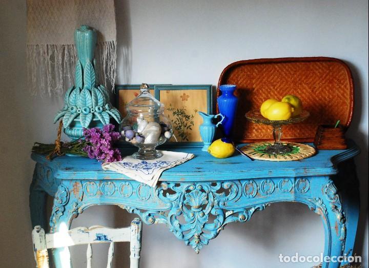PRECIOSA CONSOLA ANTIGUA AZUL DECAPADA (Antigüedades - Muebles Antiguos - Consolas Antiguas)