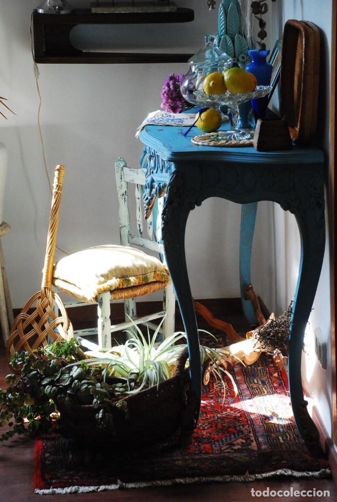 Antigüedades: PRECIOSA CONSOLA ANTIGUA AZUL DECAPADA - Foto 2 - 134746130