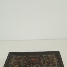 Antigüedades: CAJA DE BARRO ANTIGUA. Lote 134757530