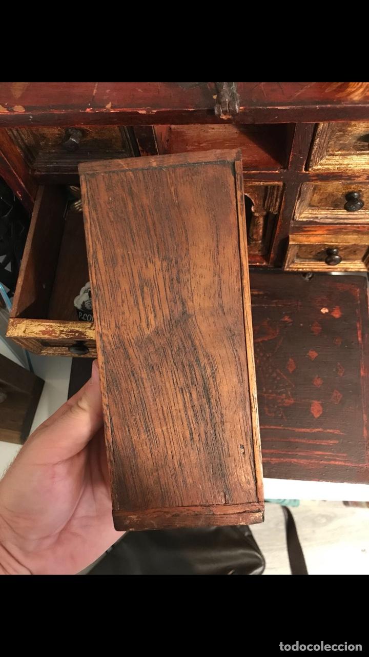 Antigüedades: Bargueño, cajón secreto, llave original. - Foto 4 - 134775359