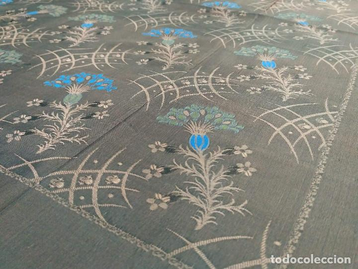 PAÑUELO BROCADO EN SEDA (Antigüedades - Moda - Pañuelos Antiguos)