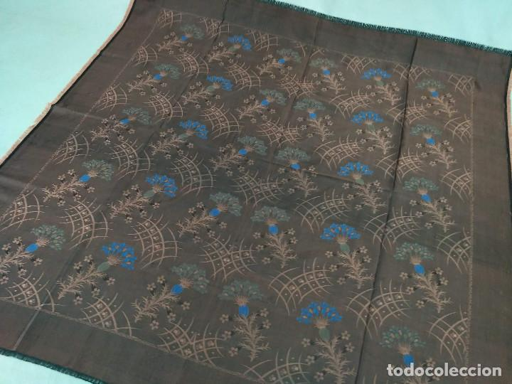 Antigüedades: Pañuelo brocado en seda - Foto 2 - 134801358