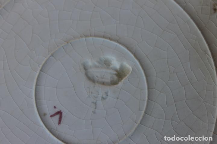 Antigüedades: PLATO SAN JUAN DE AZNALFARACHE, SIGLO XIX, SEVILLA COLOR AZUL COBALTO SERIE FLORES - Foto 3 - 134871386