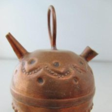 Antigüedades: ANTIGUA MINIATURA DE BÚCARO DE COBRE. TAMAÑO 8 CM DE ALTURA. Lote 134959898