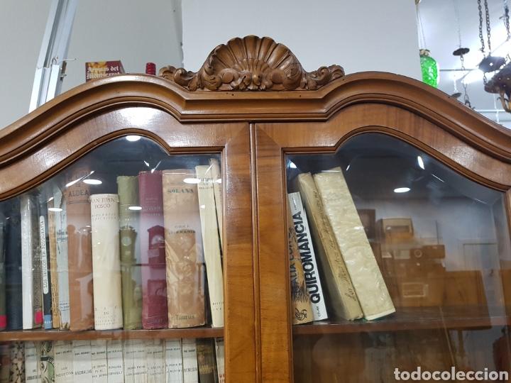 Antigüedades: Escritorio con vitrina grande - Foto 2 - 134983833