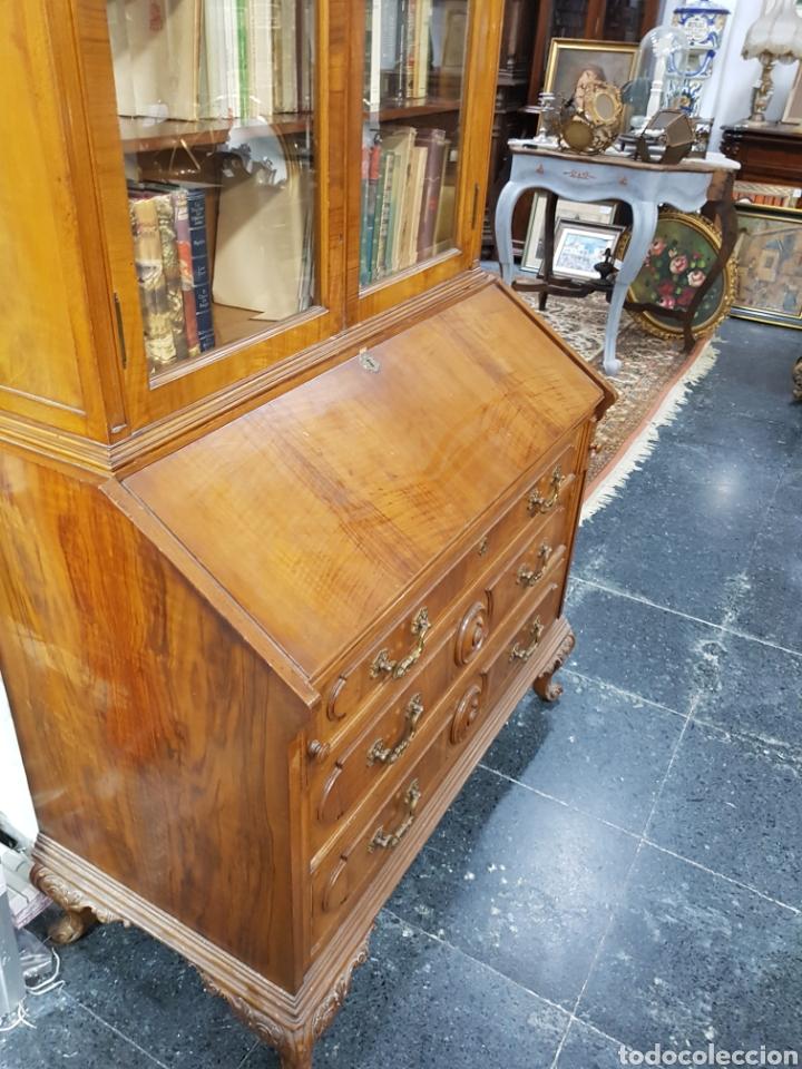 Antigüedades: Escritorio con vitrina grande - Foto 4 - 134983833
