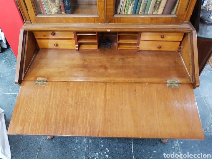 Antigüedades: Escritorio con vitrina grande - Foto 10 - 134983833