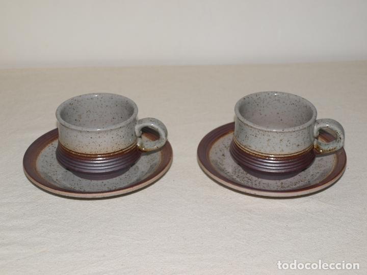 JUEGO DE DOS TAZAS Y DOS PLATOS DE CAFE CON LECHE. VER FOTOS Y DESCRIPCION (Antigüedades - Porcelanas y Cerámicas - Otras)