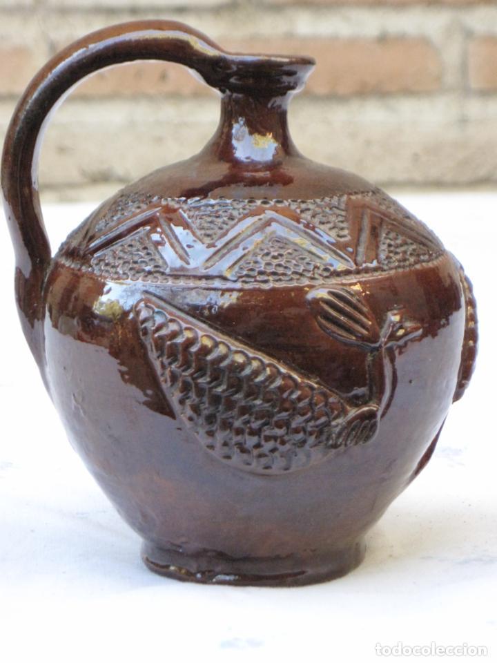 Antigüedades: CANTARILLO-CANTARO - CERAMICA VIDRIADA-DECORACION EN RELIEVE-EXTINTO ALFAR DE CASATEJADA ( CACERES ) - Foto 2 - 135059690