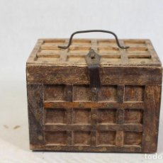 Antigüedades - caja joyero en madera - 135077330