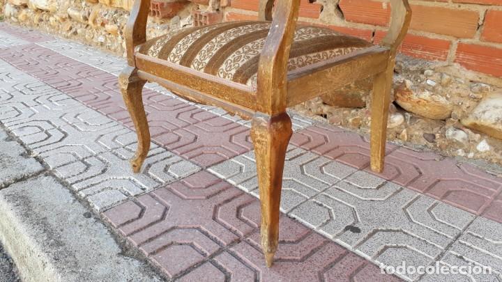 Antigüedades: Silla descalzadora antigua estilo isabelino o Luis XV, sillón descalzador antiguo, años 40. - Foto 6 - 135168538