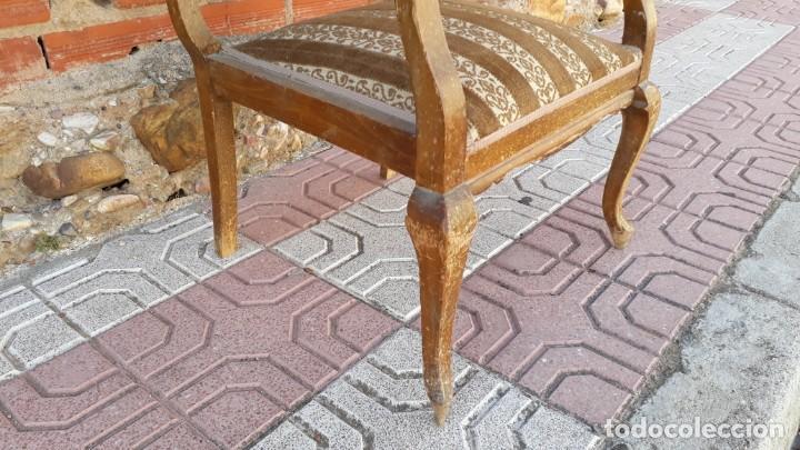 Antigüedades: Silla descalzadora antigua estilo isabelino o Luis XV, sillón descalzador antiguo, años 40. - Foto 7 - 135168538