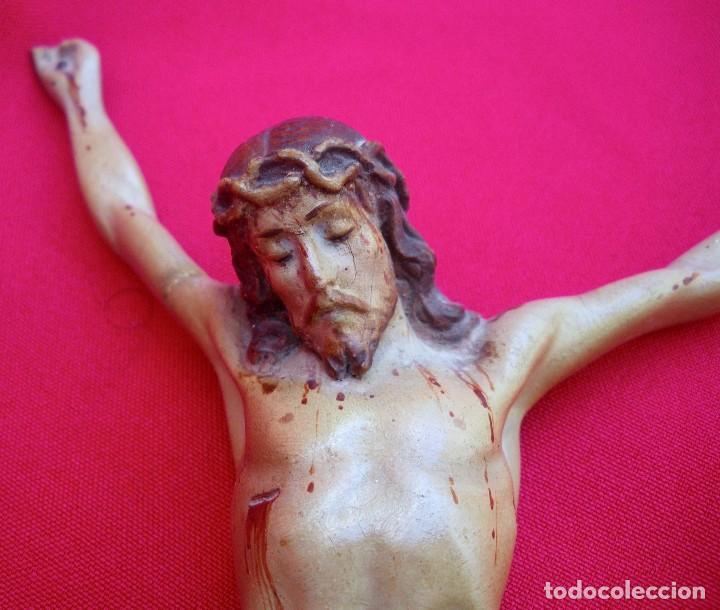 Antigüedades: Crucifijo de olot policromado. - Foto 2 - 135194434