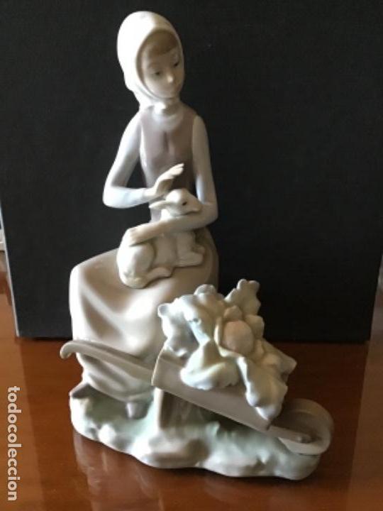 Antigüedades: LLADRO. ALDEANA CON CARRETILLA. CATÁLOGO LLADRO 01004816 - Foto 3 - 135198570