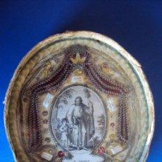 Antigüedades: (XJ-181005) ANTIGUO RELICARIO OVALADO CON CRISTAL - 8 RELIQUIAS. Lote 135203402