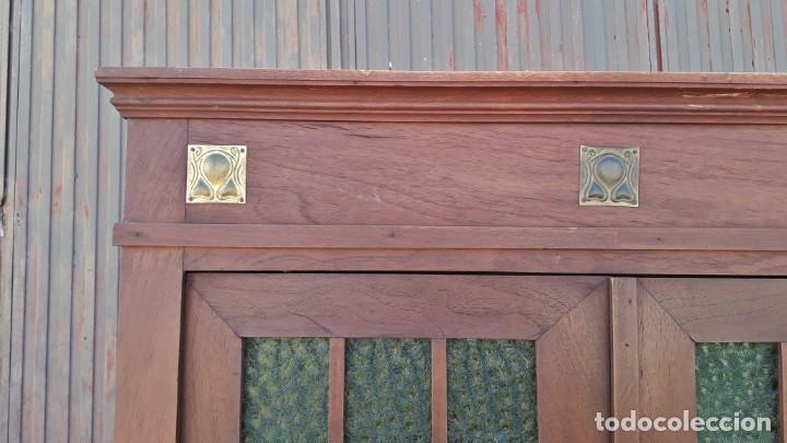 Antigüedades: Vitrina antigua estilo modernista art decó mueble auxiliar aparador chinero antiguo, alacena vintage - Foto 7 - 135210714