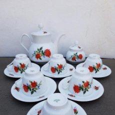 Antigüedades: JUEGO ANTIGUO DE CAFE EN PORCELANA DE BAVARIA SELLADO. Lote 135261122
