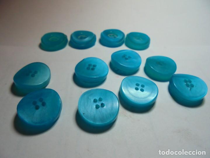 Antigüedades: magnificos 12 botones antiguos vintage años 50-60 azul turquesa avalados - Foto 2 - 135287030