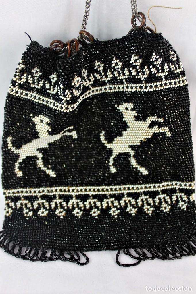 Antigüedades: Bolso pps s XX completamente bordado a mano con cuentas de cristal Embroidery Beads - Foto 2 - 135322346