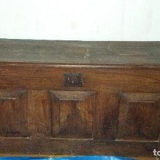 Antigüedades: ARCÓN O KUTXA VASCA DE CASTAÑO. Lote 135322726
